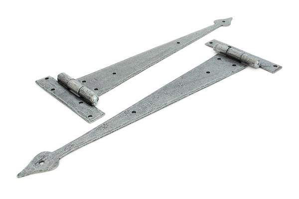 From The Anvil Pewter 15'' Arrow Head T Hinge (pair)