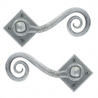 From The Anvil Pewter Patina Unsprung Monkeytail on Diamond Handle Set