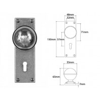 Finesse Door Knob on Lock Backplate